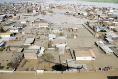 2019-03-26t123729z_1780610779_rc198a8f8290_rtrmadp_3_iran-floods-casualties